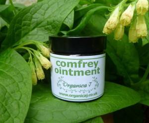Comfrey uses - Comfrey Ointment